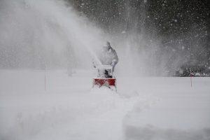 snow-removal-1853220_640